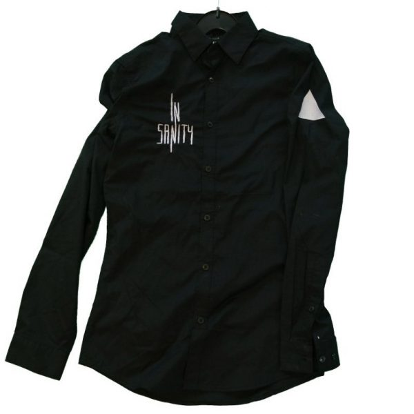 stage_button_shirt